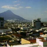 Zona centro de la Ciudad de Monterrey desde el Hotel Crown Plaza. Estado de Nuevo León