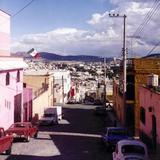 Calle típica de las ciudades mineras. Pachuca de Soto, Hidalgo