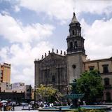 Plaza y templo del Carmen de estilo barroco. San Luis Potosí, SLP