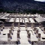 Columnas en la zona arqueológica de Tula de Allende, Hidalgo