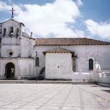 Fachada del templo de San Lorenzo, siglo XVI. Zinacantán, Chiapas