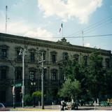 Plaza Hidalgo y palacio de gobierno. Chihuahua. 2002