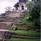 Templo de la Cruz. Zona arqueológica de Palenque, Chiapas. 2002
