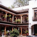 Arquitectura típica de las construcciones de Pátzcuaro, Michoacán. 2004