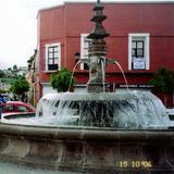 Fuente y calle Porfirio Díaz. Tlaxcala. 2006