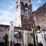Torre y claustro del ex-convento agustino del siglo XVI. Yecapixtla. 2004