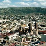 La Catedral y el palacio de gobierno desde el Teleférico. Zacatecas. 2002