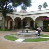 Fuente y patio de la Ex-hacienda Juriquilla. Octubre/2011