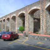 Los arcos del Acueducto de la Ex-hacienda Juriquilla. Siglo XVIII.