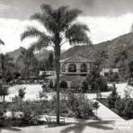 Jardín y Kiosko