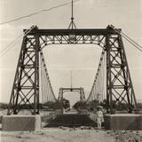Nuevo Puente Colgante sobre El Río de La Laja