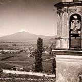 Vista de Cholula y el volcán Popocatépetl