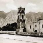 Iglesia de Santa Catarina y Cerro de las Mitras