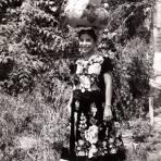 Señorita con vestimenta típica de Tehuantepec