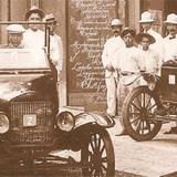 EN UNA CALLE DEL CENTRO DE LA CUIDAD, VILLAHERMOSA, TAB. 1925