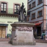 Monumento al maestro Genaro Codina Fernández