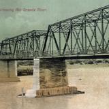 Puente peatonal de cruce internacional sobre el Río Bravo