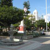 Plaza y Parroquia