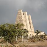 Ruinas de antigüos hornos. Mina Santa Brígida, Gto. Abril/2014