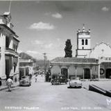 Costado del Palacio