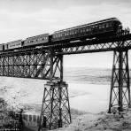 Puente del ferrocarril (por William Henry Jackson, c. 1887)