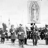 Fiestas del Centenario: Entrega del uniforme de Morelos