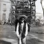 TIPOS MEXICANOS Vendedor de Pajaros