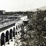 LOS PORTALES Circa 1930-1950