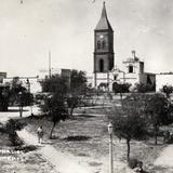 Plaza principal y Parroquia