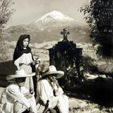 TIPOS MEXICANOS POSANDO PARA LA FOTO