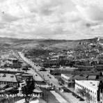 Vista panorámica de Nogales, Sonora (izquierda) y Nogales, Arizona (derecha)