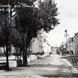 Escena callejera en la Calle y Jardin del Pipila Hacia 1920-1940