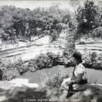 El Cenote Sagrado de Chichen Itza Yucatan