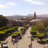 Vista del zócalo y parroquia de San Agustin. Marzo/2016