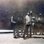 Barrenderos en la Ciudad de Mexico D F ( Fechada en 1911 )