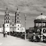 Plaza de Armas y Catedral de Durango