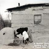 Anciana encendiendo el Horno