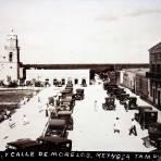 Catedral y calle de Morelos ( Fechada el dia 7 de Octubre de 1926 )