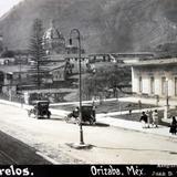 La Avenida Morelos ( Fechada el dia 8 de Noviembre de 1924 )