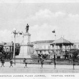 Plaza y Monumento a Juárez