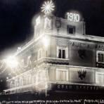 Asi lucia el Almacen de sederia El Paje con motivo de la celebracion del Centenario 16 de Sep de 1910