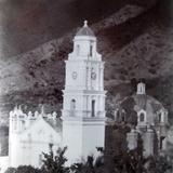 Una Iglesia LUGAR DESCONOCIDO .