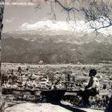 Panorama de Amecameca, Edo de México y volcan  Ixtaccihuatl al fondo.