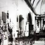 Interior de el templo de la cruz de zacate.
