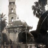 La parroquia ( Circulada el 5 de Mayo de 1945 ).