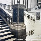 Escalera de el Palacio de gobierno de Guanajuato ( Circulada el 10 de Septiembre de 1932 ).