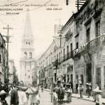 Vista a la Catedral desde la Calle Miguel Hidalgo