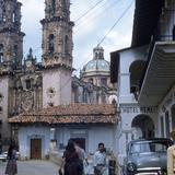Vista al templo de Santa Prisca (1955)