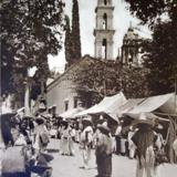 Escena Callejera  Por el Fotógra Hugo Brehme ( Circulada el 7 de Junio de 1923 ).