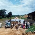 Cruzando el rio de Tehuantepec, Oaxaca 1956